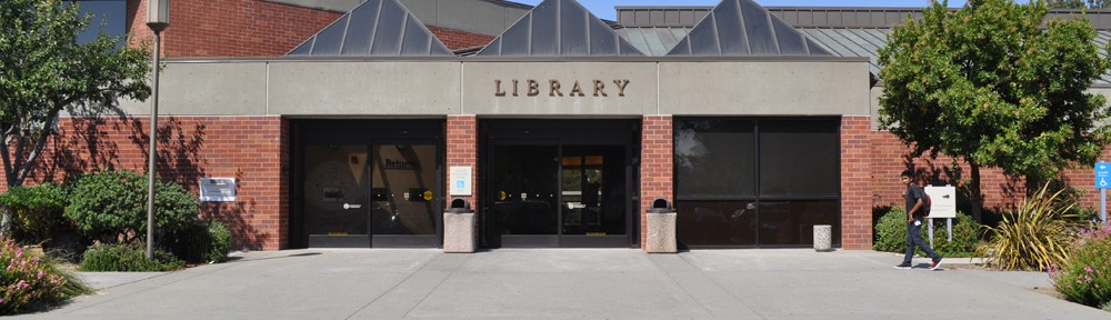 Fairfield Civic Center Library Front – General Contractor