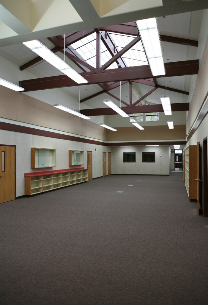 MLK High School Lounge – General Contractor
